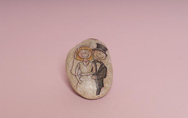 Marturie realizata manual din piatra cu servetel