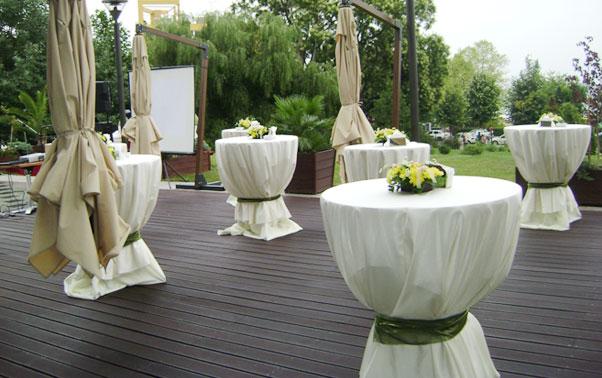 Primirea invitatilor pe terasa hotel Europa